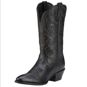 Ariat Heritage Black R-Toe Western Boots